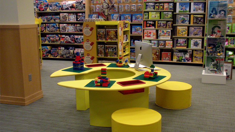 LEGO-Barnes & Noble Us retail design and fabrication