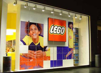 Creatacor, Retail - LEGO Storefront