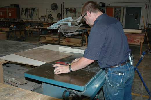 Creatacor Looks To Add To Fabrication Staff