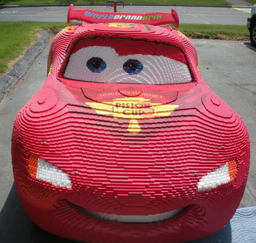 Creatacor helps LEGO get this Lightning McQueen model across the country.