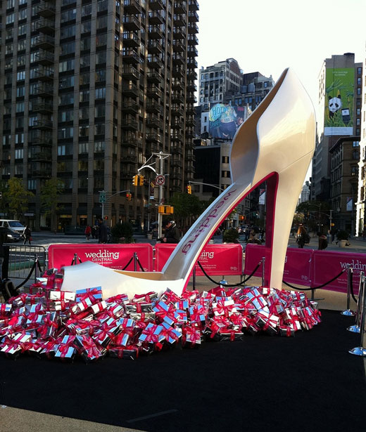 14' wedding shoe for Wedding Central