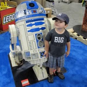 NEWS FLASH: Kids Love LEGO
