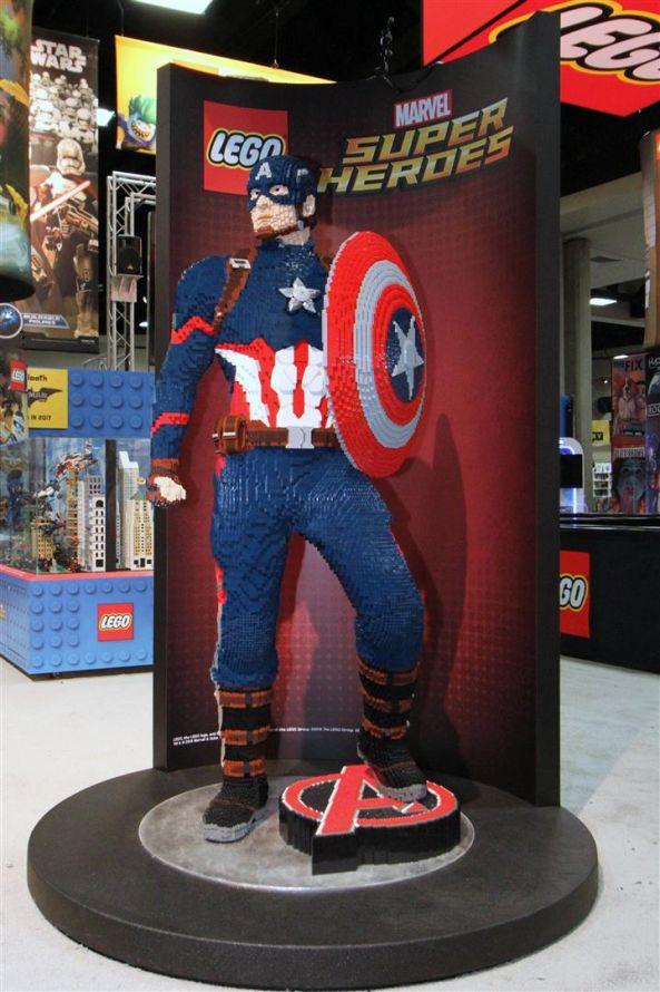 Captain America - LEGO San Diego Comic-Con 2016