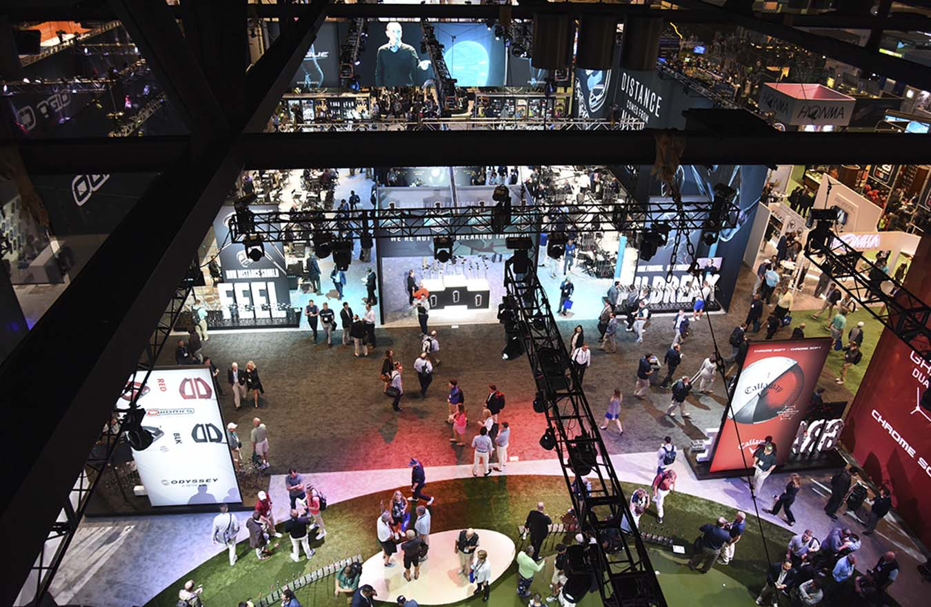overhead view of crowd at golf tradeshow display