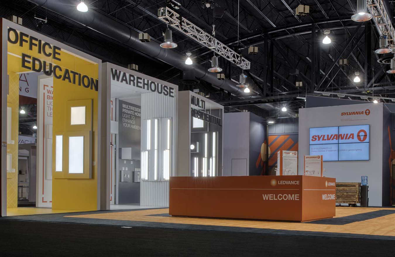 tradeshow booth display lighting options
