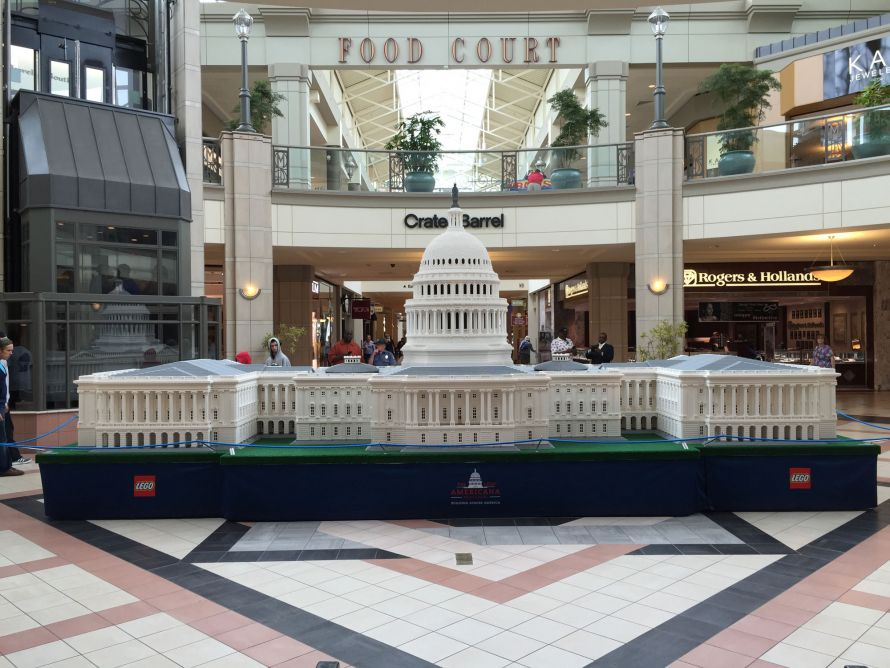 lego capitol building in a mall