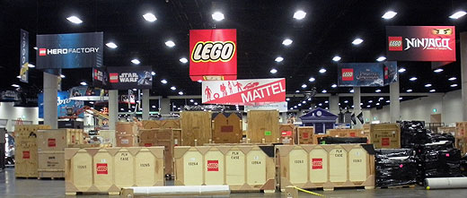 lego tradeshow exhibit unpacking